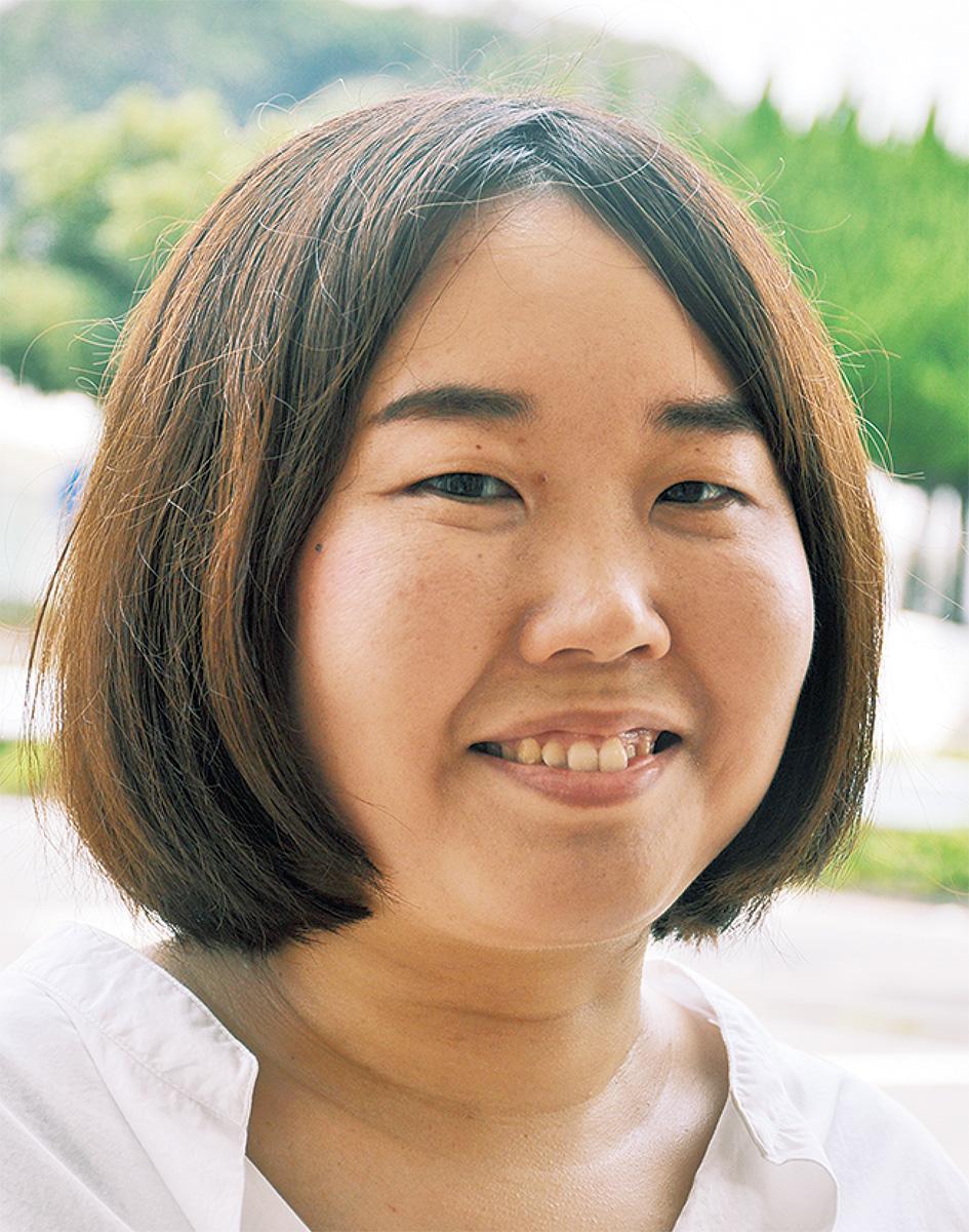 小松 亜矢子さん