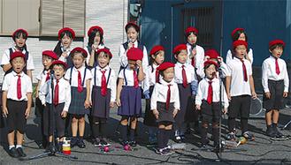 かもめ児童合唱団(昨年の空き地ライブ)