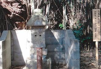 神明社境内にある「淡島神社」
