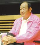 城ケ島観光協会会長の青木良勝さん。島内で開催するイベントや新名物料理の開発等、観光客誘致活動に奮闘する