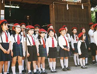 写真は海南神社で行われたライブ