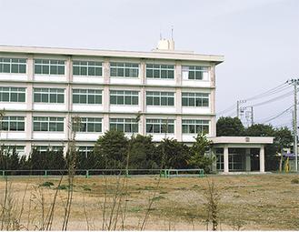 校舎が残る旧三崎高校