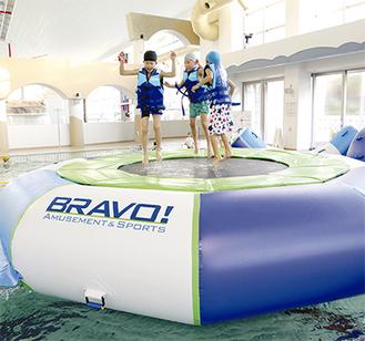 水上遊具のイメージ(写真提供/三浦海岸海水浴場運営委員会)