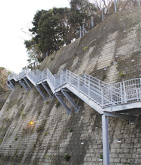 城ヶ島にある津波避難階段