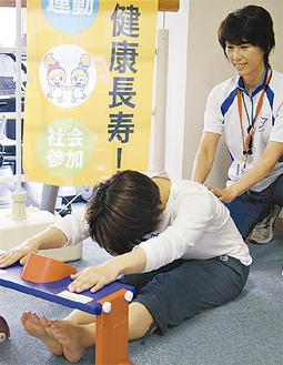 柔軟性やゆがみ・筋力の「測定コーナー」を設置