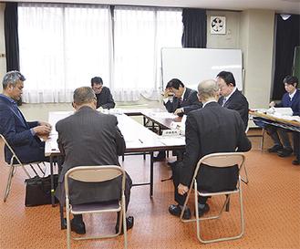 今月2日の第1回会議では、三浦の空き家事情や制度に関する意見交換が行われた