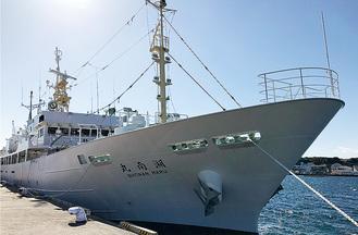 全長約65mの大型実習船
