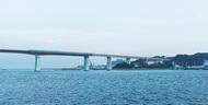 光で彩る城ヶ島大橋