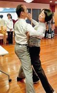 認知症・糖尿病に社交ダンス