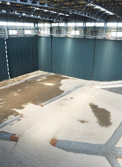 鉄筋コンクリート造の貯留槽内部
