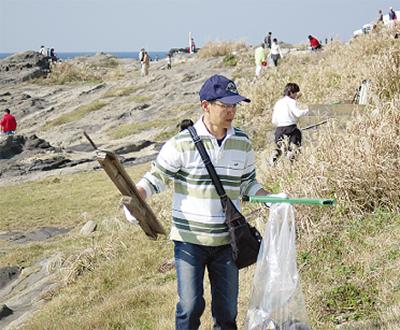 楽しく海岸清掃