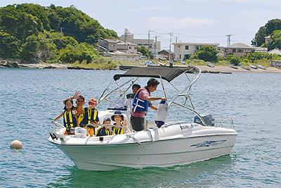 三浦の海をクルージング