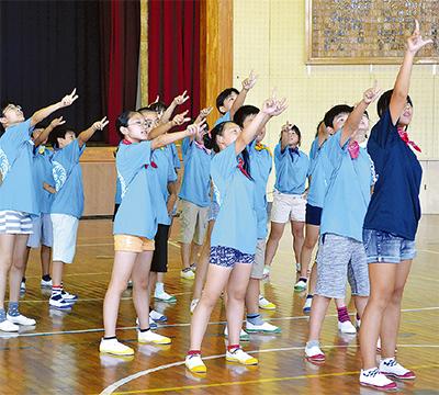 「金賞狙う」ダンス全国大会へ