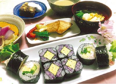 春感じる飾りまき寿司