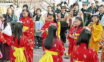 三崎で小正月の舞