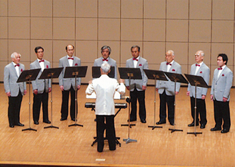 小編成の男性合唱団