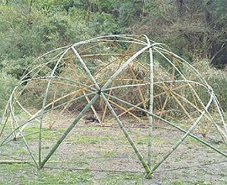 竹林整備の間伐材を使う