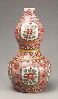 《古赤絵牡丹文瓢形瓶》 景徳鎮窯 中国・明時代