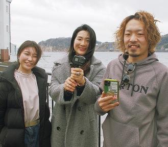 (左から)Mikuさん、Nahoさん、Kentaさん