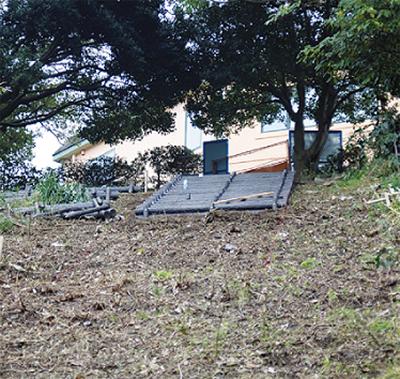 小坪小に新たな避難路