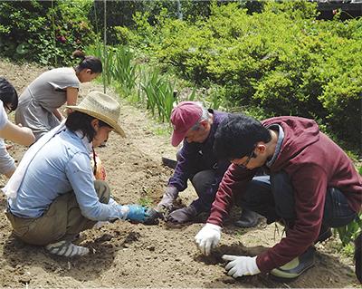 農作業通じ、介護者支援