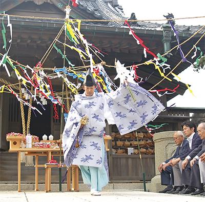 森戸神社で潮神楽