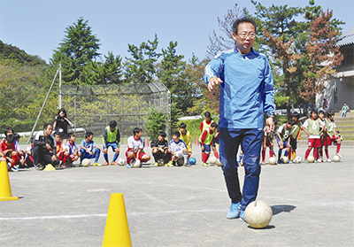 サッカーの心得を伝授