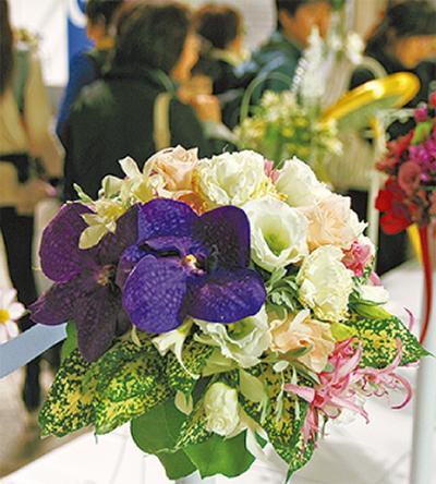 横浜で「花の祭典」
