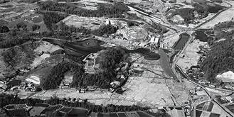 約40年前のライフタウン。右端が大庭城址