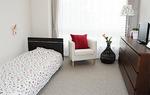 介護ベッド、エアコン、カーテン備え付け