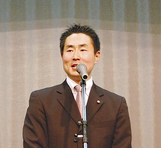 議員活動10年、新春の集いを初開催した原氏
