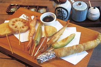 日本一キメの細かいパン粉と植物油を使った串揚げ。口当たりがさっぱりと軽く、揚げているとは思えないほどヘルシー
