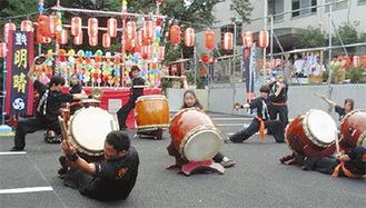 子どもたちが太鼓演奏を披露
