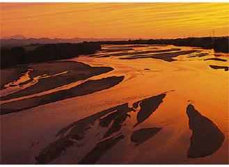 『斐伊川の夕景』