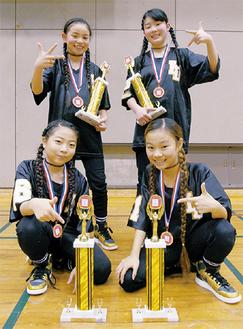 大里さん(左上)、吉川さん(右上)眞室さん(左下)、津山さん(右下)
