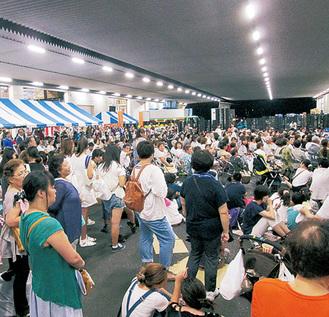 毎年多くの人で賑わう納涼祭