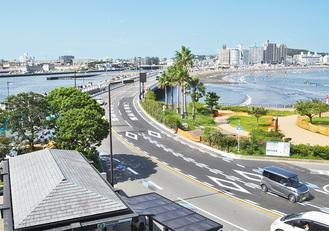 3車線化された江の島大橋。江の島方面が2車線になった