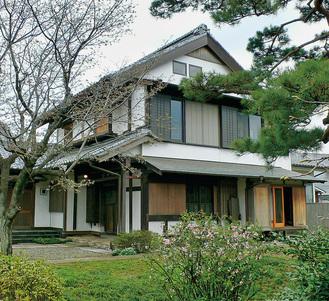 旧三觜八郎右衛門家住宅主屋(藤沢市提供)