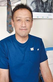 かとう・ただすけ/亀井野で小規模多機能など4事業所を経営する。介護業界の先進的な取り組みで知られ、全国各地で講演活動も多い。45歳。