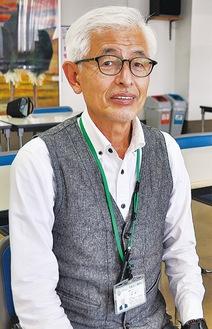 ひとすぎ・よしかず/非鉄金属メーカーで長年生産改善活動(TPM)に従事。光友会でのボランティアを経て2016年に入職。19年6月から現職。67歳。