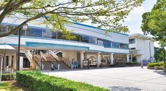 建て替えが予定されている藤沢市民会館