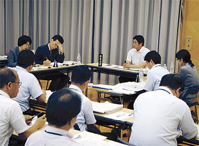 藤沢市教育委員会 「育鵬社」を県内初採択 中学 歴史・公民の教科書 2012年度から使用