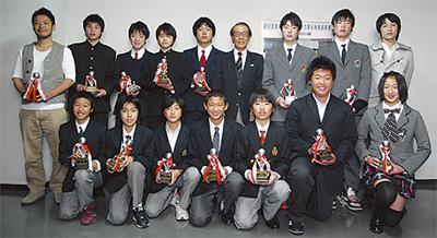 優秀16選手を表彰