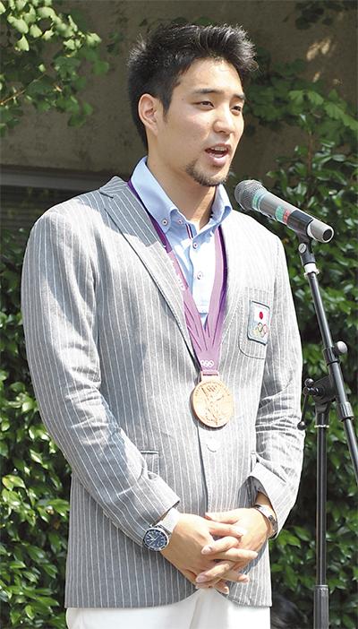 立石選手へ市民栄誉賞