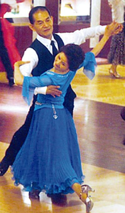社交ダンス楽しもう