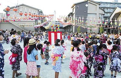 青木幼稚園で納涼祭 過ぎ行く夏...