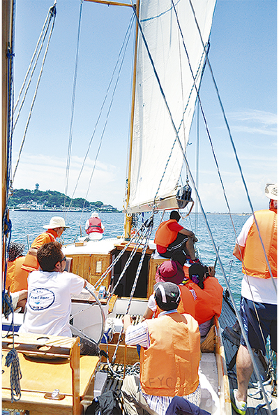 江の島でヨット体験