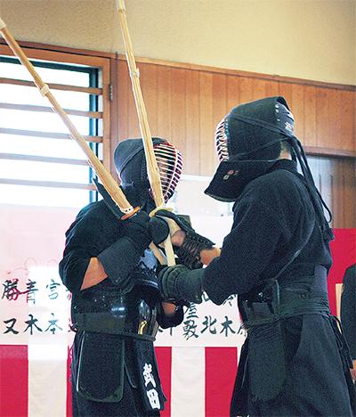 武道始で稽古の成果披露