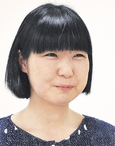 麻生 知子さん