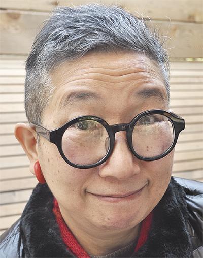 秦 万里子さん